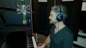 "Isaiah Singer tracking ""The Stars Below"" at New Record Studios"