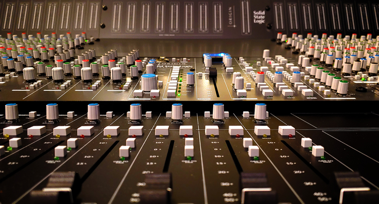 control-room 08 solid-state-logic-ssl-new-record-studios-recording-studio-jersey-city-new-jersey-new-york-nyc